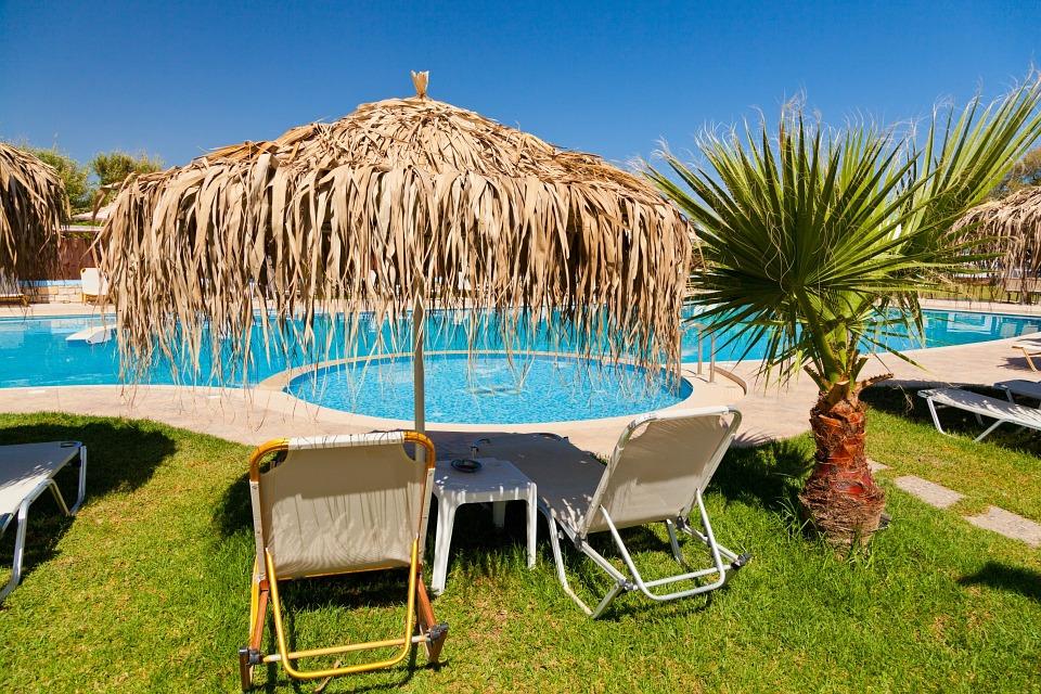 Je pro údržbu bazénu nezbytné mít bazénový vysavač?