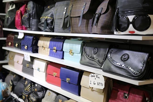 kabelky na prodej