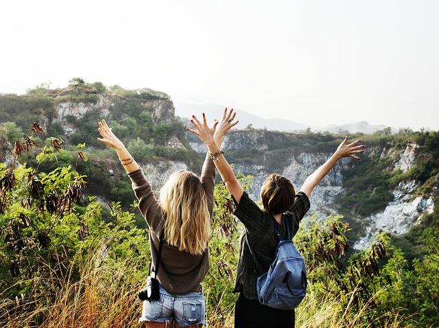 dívky na horách