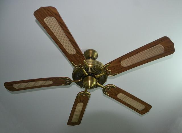 ventilátor na stropě.jpg
